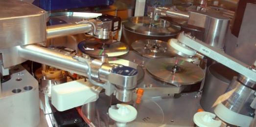 Replication machine